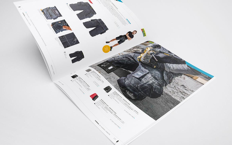 Aufgeschlagene Sobral Broschüre für Shorts